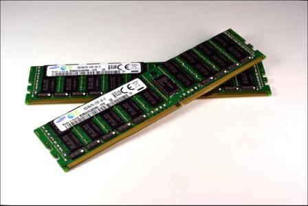 Samsung starts advanced DDR4 memory production