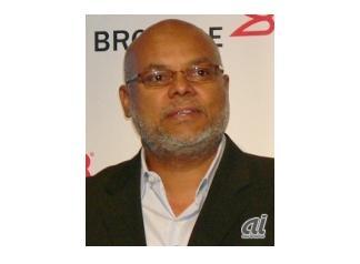 Lloyd Carney, CEO of Brocade