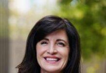 Zoom CFO Kelly Steckelberg